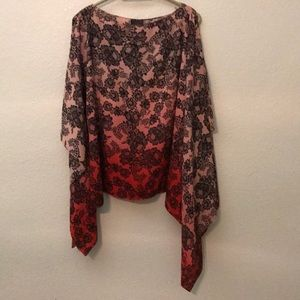 Vince Camuto batwing Asymmetrical top hombre Med